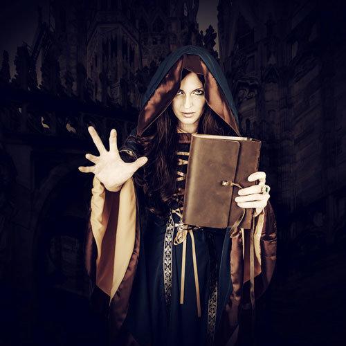 Črna magija in preklestvo.